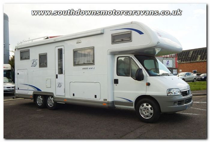 892f154db84b3b Used Burstner Active A747-2 Fiat 2.8L Coachbuilt Motorhome U2847 For Sale  at Southdowns Motorhome Centre