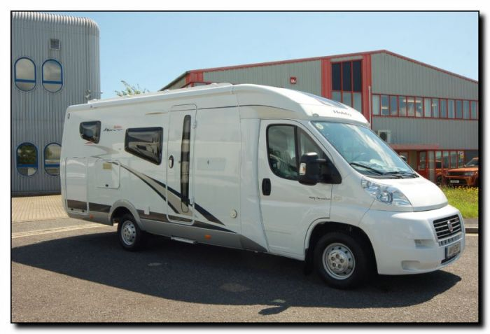 750bb20232a Used LHD Hobby Van Exclusive DL550 GESC 3.0L Automatic Low-Profile ...