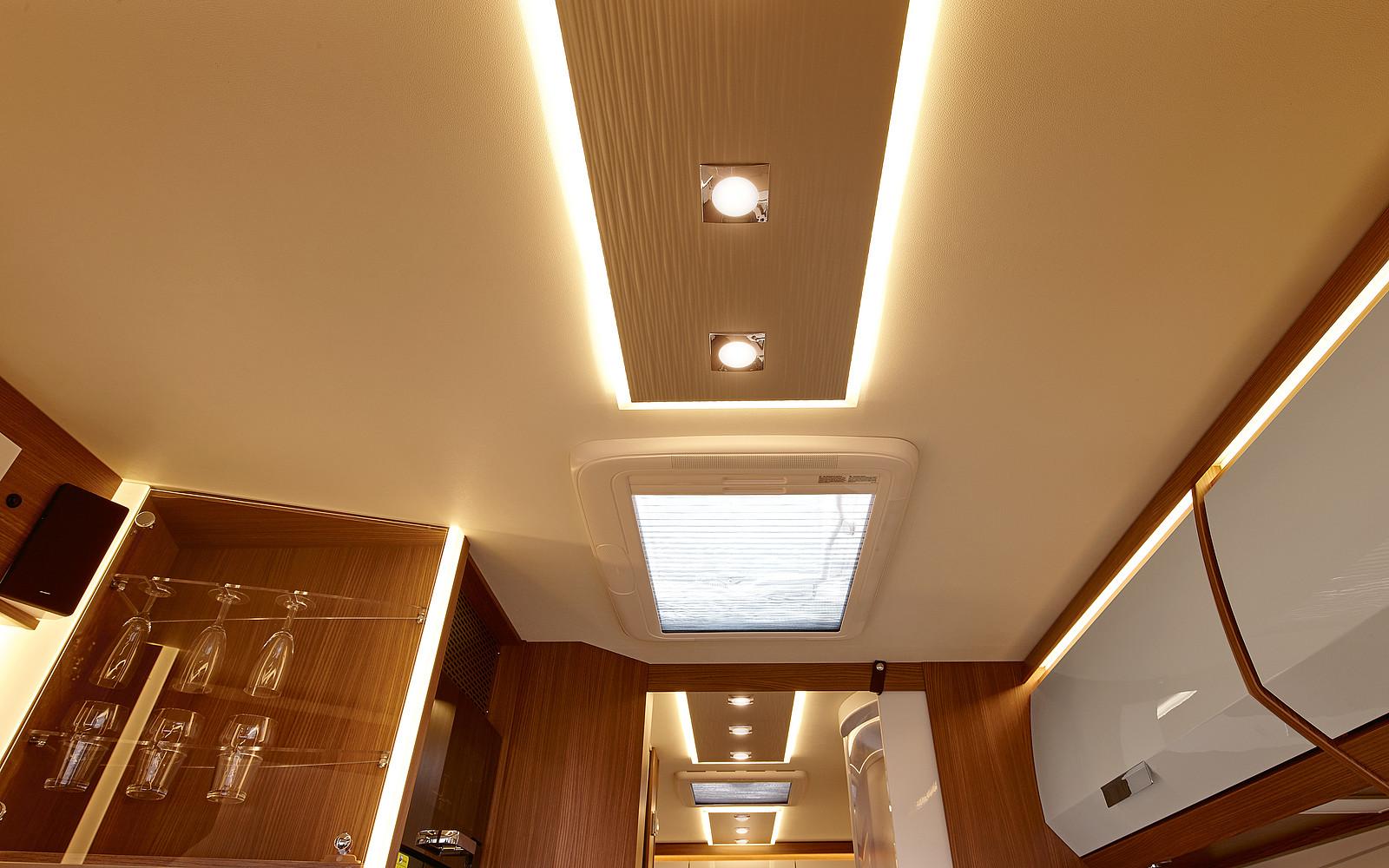 2020 Burstner Elegance Motorhome - Interior Photo - Skylight