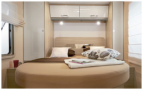 2020 Burstner Lyseo TD Harmony Line Motorhome - Interior Photo - Rear Bed